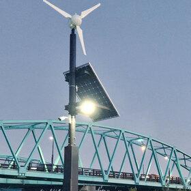 「小型風力発電&ソーラーパネルによる完全自立型の街路灯システム」のサムネイル画像